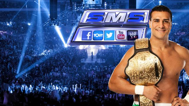 20130225 SD SMS LIGHT L #WWE Social Media SmackDown Live on Syfy Tonight at 8. #WWEMoms