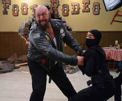 image001 WWE Superstar The Big Show guest stars in Nicks Supah Ninjas!